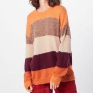 Native Youth | NWT Colour Block Sweater size small